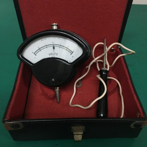 MAGNA Electric/Volt Meter