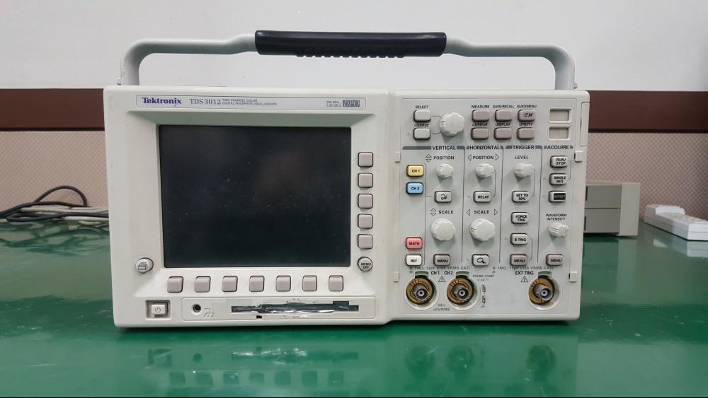 Tektronix/TDS3012