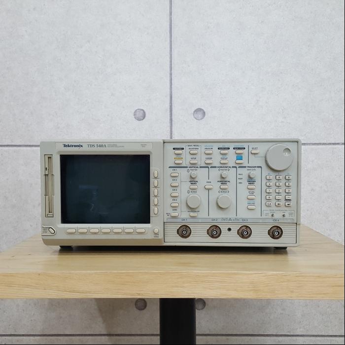 Tektronix/TDS540A